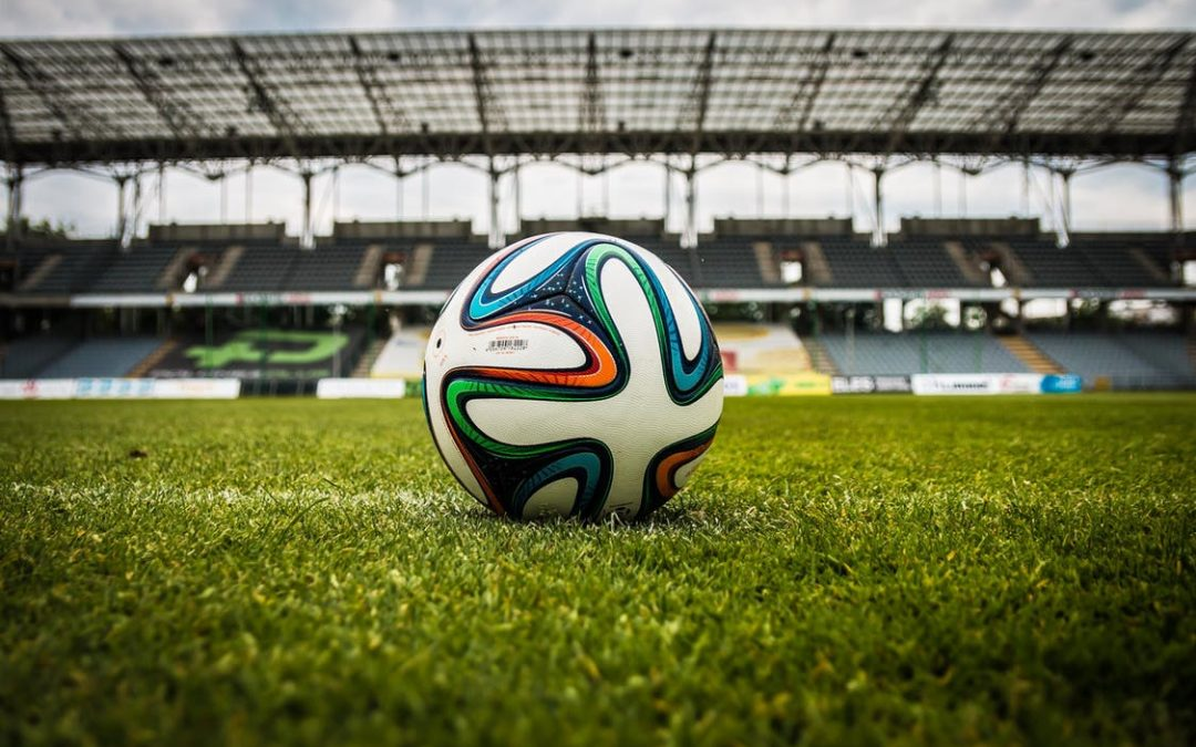 Machine Learning and the World Cup: Who's the Robots' Favourite?